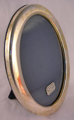 Collectable Vintage Oval Silver Photo Frame by Hoppers of Darlington (WH_2224)