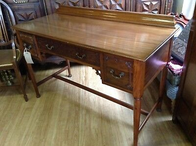 Beautiful Edwardian Desk Or Hall Table In Ornate Walnut