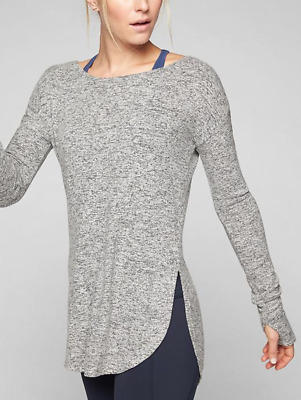 ATHLETA WOMEN'S LIGHT GRAY HEATHER LONG SLEEVE COMFY LUXE POSE TOP Sz S