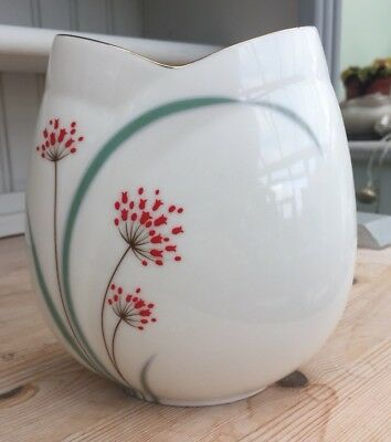 Seizan Japan Vase. White With Gilt Rim. Floral Pattern.