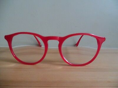 Cacharel Red Oval Eye Glasses CA315 286 49 20 140 Designed in France