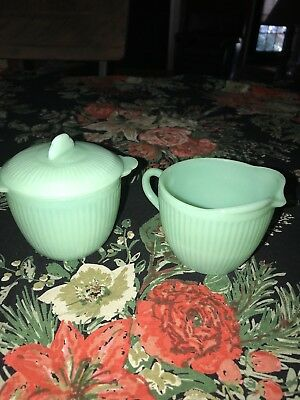 Jadite Jenny Ray Creamer and Sugar bowl with lid.