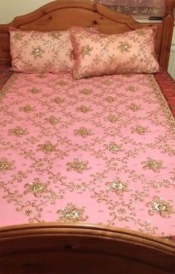Handmade Vintage Pink & Gold Wedding Sari Q/K Bedcover in Excellent Condition