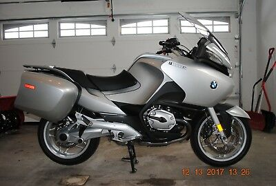 2009 BMW R-Series  2009 BMW R1200RT with 20,128 miles and extras, MINT CONDITION, RECENT SERVICE