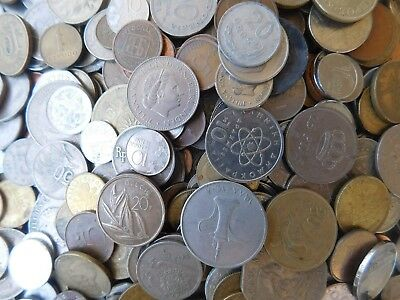 30.world.coins.lot.10.coin.each.country.no.doble.date