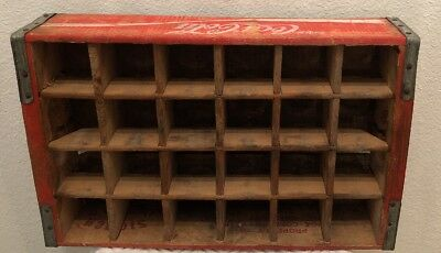 VERY FINE AND RARE! Antique Coca Cola wooden crate holds 24 Coke Bottles Vintage