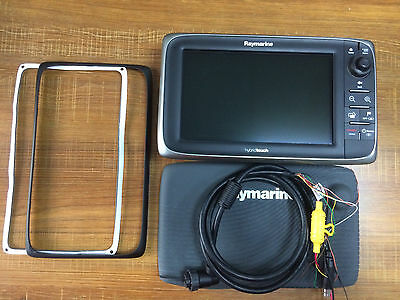 Raymarine E95 High Performance HybridTouch Multifunction Chartplotter WIFI