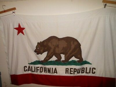 Vtg California State Bear Flag 4 X 6  Paramount Ajax Cotton 60's New old stock
