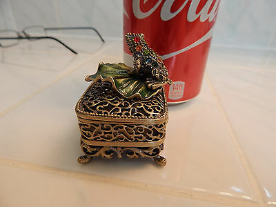 Metal frog trinket jewely box enamel lily pad jeweled filigree ring