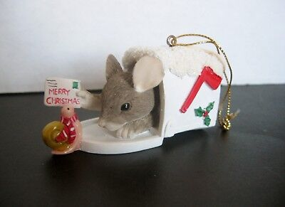 Charming Tails Mouse In Mailbox Christmas Ornament  87703 Silvestri Retired