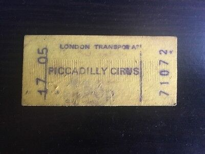 train ticket London Piccadilly Circus