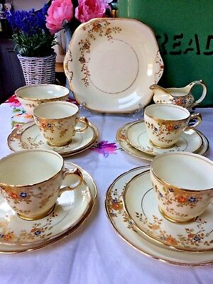 Stunning Art Deco Grosvenor China TEASET Hand Painted Floral Gold