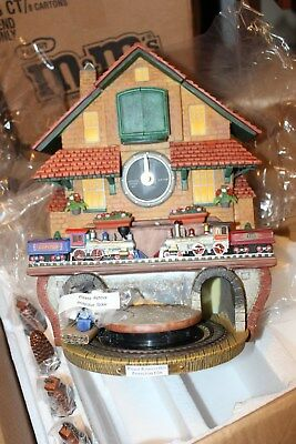 NEW BRADFORD EXCHANGE GOLDEN SPIKE CUCKOO CLOCK MOVING TRAIN AND SOUNDS on Hour