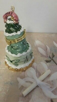 MAY WISHING CAKE TRINKET BOX with Scroll BLUE SKY HEATHER GOLDMINC 2002