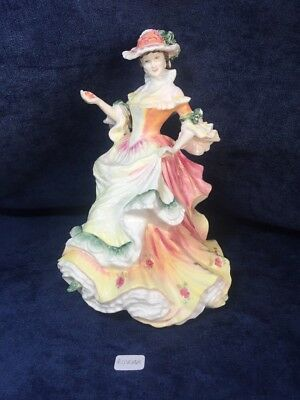 ROYAL DOULTON Flowers of Love ROSE HN3709 Figurine Lady, 1995, MINT