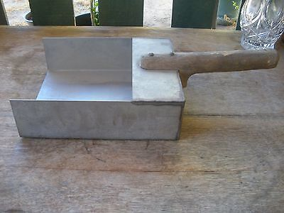 Primitive Custom Hand Made Steel Country Store Grain Feed Sugar Square Scoop