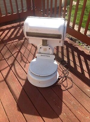 Vintage White Porcelain Dayton Customeread Scale Electric  Style 6773 30lbs