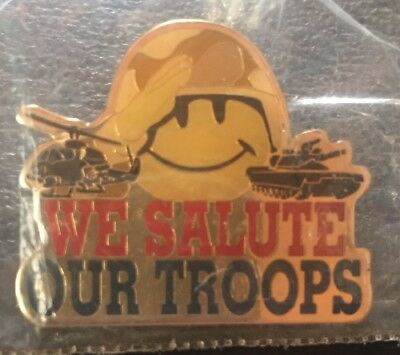 Walmart *old * We Salute Our Troops Smiley * Employee Lapel Pin