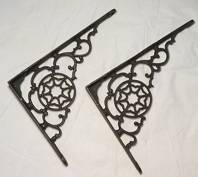 Antique Pair Set of 2 Victorian Ornate Cast Iron Hanger shelf brackets VG cond