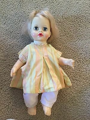 Vintage 1971 IDEAL TOY CORP GIRL DOLL TNT-14-B-37 Drinks & Wets Dressed