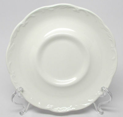 J. & G. Meakin - Sterling Colonial - Saucer(s) - Made in England