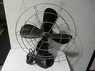 "Vintage 1940's 16"" Hunter Fan & Ventilating Co.3speed,Oscillating Fan Cat.No.262"