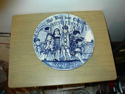 "Vintage Delfts Blauw Wall Plate 11 1/8"" DIE PORT BAN CLEBE AMSTERDAM 1887-1987"