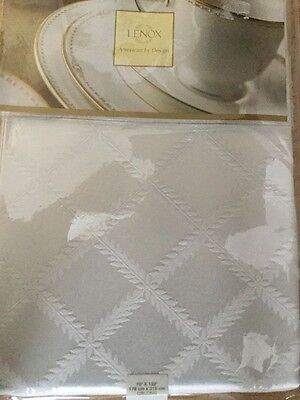 Lenox Laurel Leaf Tablecloth White 90 inch Round New in Package Free Ship