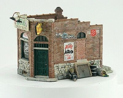 Woodland Scenics-Scenic Details(R) -- Rocky's Tavern - Kit (Unpainted Metal)  3-