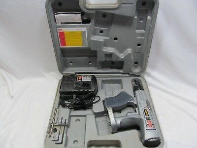 Senco 14.4V Dura Spin DS200 Collated Dry Wall Screw Gun Charger Hard Shell Case