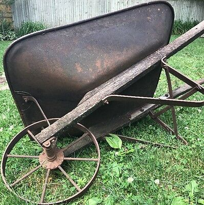 Antique Vintage Iron Metal Wheel Wood Handles Farm Wheelbarrow Wheel Barrow CCC
