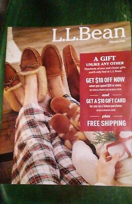 L.L.BEAN WINTER House Shoes CATALOG 2017 Male Women Child Models Back-issue Xmas