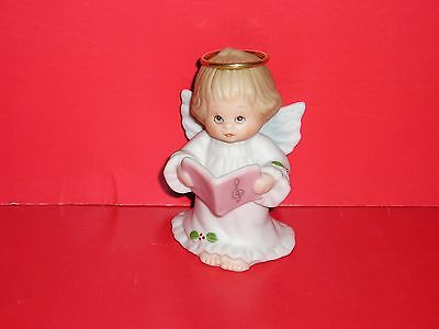 "Enesco Ruth Morehead Holly Babes""angel With Songbook"", ""1991"" Mint Condition !!!"