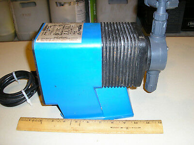 Pulsatron  LE34SA-PTC1-XXX  chemical metering pump pool used, works