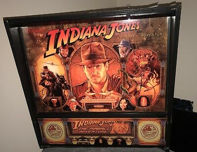 WILLIAMS INDIANA JONES PINBALL MACHINE BEAUTIFUL CONDITION LEDs
