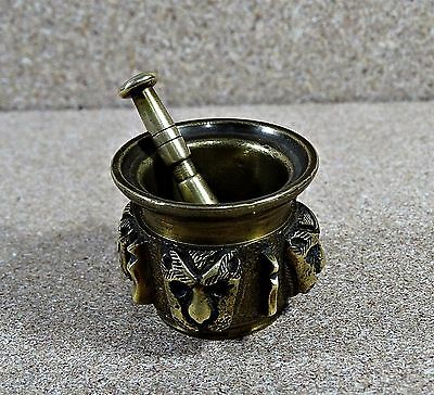 Antique our Vintage Solid Brass Mortar Whit Tigers Around