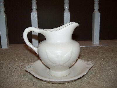 Vintage Hull USA F91 F92 Eagle white Footed Pottery Pitcher & Bowl Set