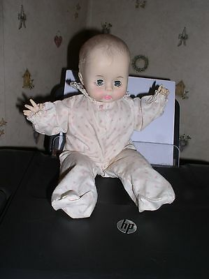 VINTAGE Effanbee Collectable Baby Button Nose Baby Doll