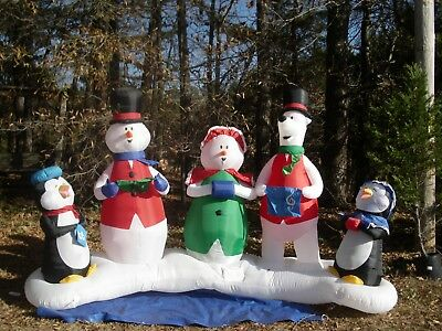 GEMMY 10' Musical Light Show Christmas Inflatable Airblown with Remote control