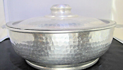 Hammered Aluminium serving pan made in Italy