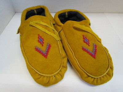Genuine Canadian Native American Moccasins, 9.5 inch, fleece lined, Red diamonds
