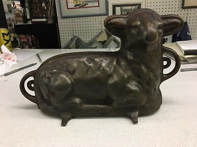 Vintage Griswold Cast Iron No. 866 Lamb Sheep Cake Baking Mold 921 and 922