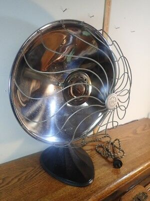 Vintage Montgomery Ward Co. Parabolic Electric Heater W/ Cast Iron Art Deco Base