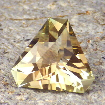 GOLDEN OREGON SUNSTONE 5.98Ct FLAWLESS-VERY BRILLIANT GEM-PERFECT FOR JEWELRY!