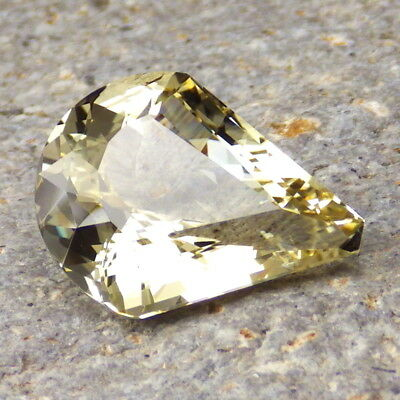 GOLD-YELLOW OREGON SUNSTONE 9.59Ct FLAWLESS-VERY BRILLIANT GEM FOR TOP JEWELRY!