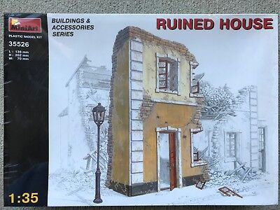 MINIART 35526 1/35 Scale Ruined House  Plastic Model Kit  NEW