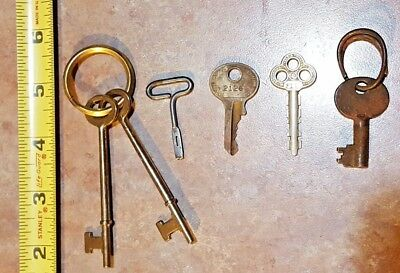 Lot Of 6 Vintage Antique miscellaneous Keys Skeleton Ornate