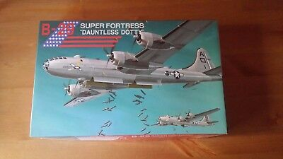 Fujimi B-29 Super Fortress  1/144