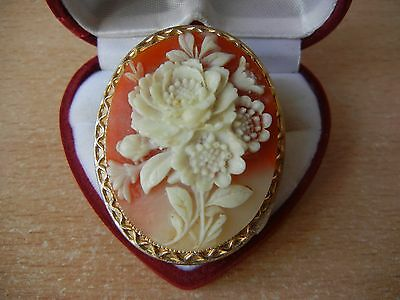 Vintage Cameo Elegant Brooch Antique Retro Brooch Gift Shell flowers