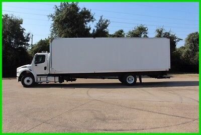 2012 Freightliner m2 30 foot box with 4400lb lift gate WHITE Used